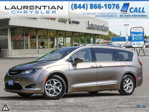 Pre-Owned 2017 Chrysler Pacifica Touring-L Plus-AMAZING FEATURES!! A MUST SEE!! FWD Mini-van, Passenger