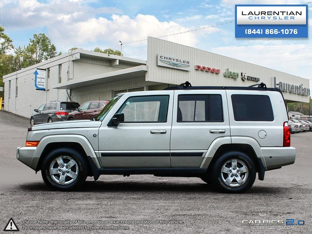 Pre Owned 2007 Jeep Commander Sport  3RD ROW SEATING!! SUNROOF!