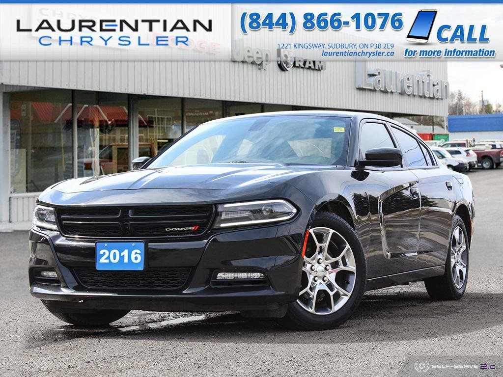 Pre-Owned 2016 Dodge Charger SXT - BACK-UP CAM, BLUETOOTH, NAV, HEATED SEATS!!!